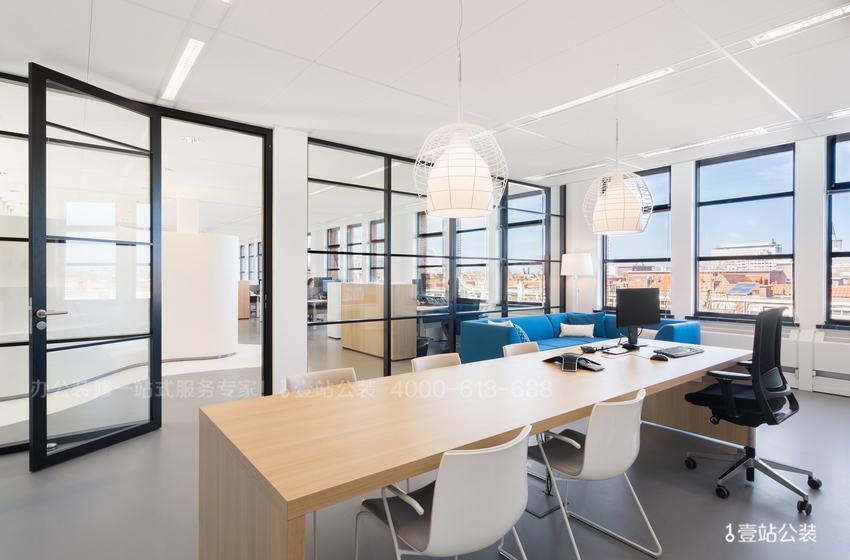 质量好的办公室装修实景图